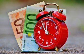 Time-is-money-1059987_1280