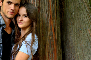 Young-couple-1760184_1920